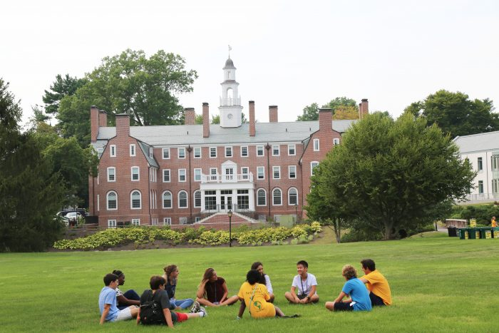 Choate-Rosemary-Hall-students-on-lawn