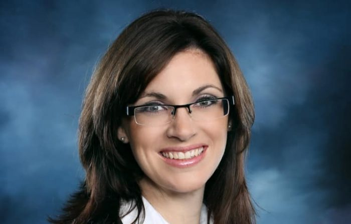 Sarah Glenn-Smith Headshot